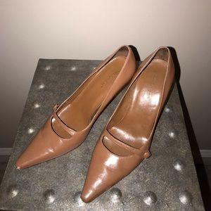 Leather Westies by Nine West stylish pumps